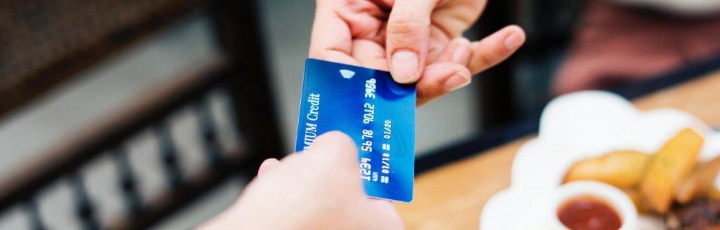 Las tarjetas de crédito fueron una de las primeras formas de fintech