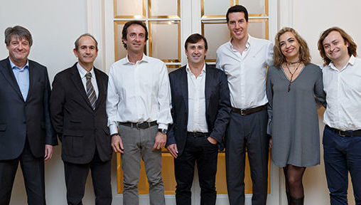 Fotografía del equipo de inbestme junto con Jordi Mercader, CEO de la compañía