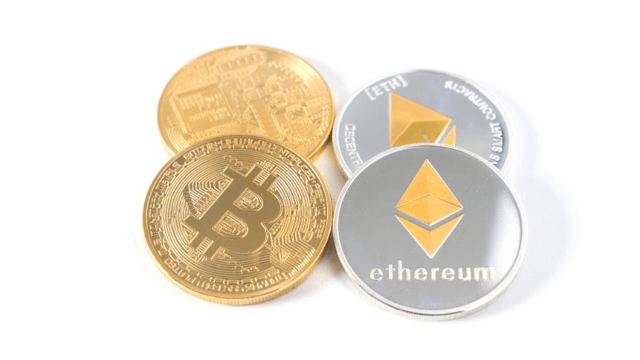 Ejemplos de criptodivisas: bitcoin y ethereum