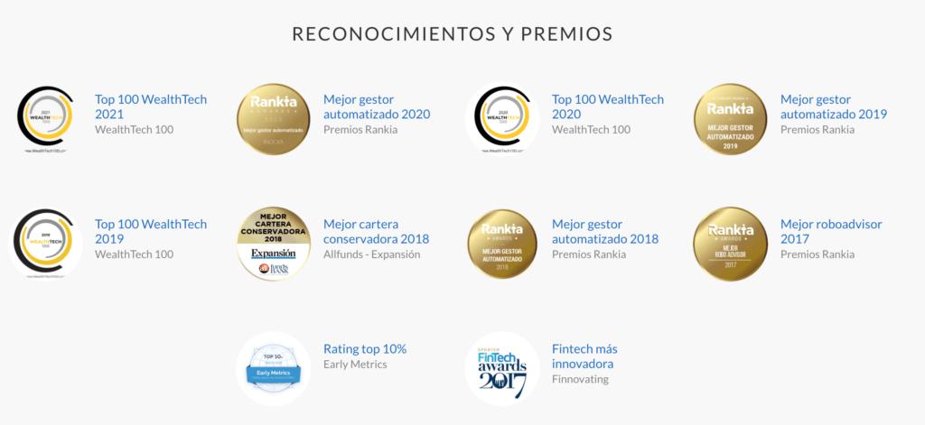 Conjunto de premios otorgados a Indexa Capital por sus opiniones favorables